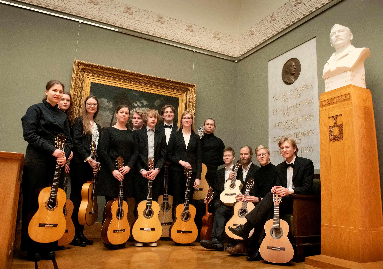 Kitarissimo ja Kitarasankarit – orkesterikonsertti